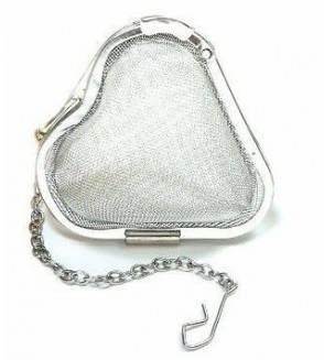 Infuzor metalic in forma de inima, cu lant